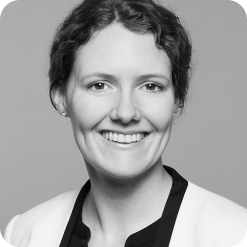 Alina Arnold – HR Managerin